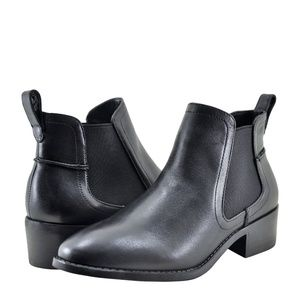 Steve Madden DICEY Black Leather Booties
